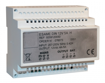 Power supply (12 Vdc – 5 A). Crédits :