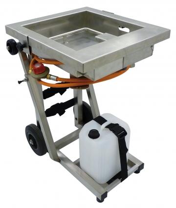 Serfeu (flame generator + trolley-mounted tank). Crédits :
