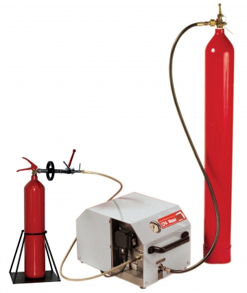 CFA Mobil – mobile filling unit for CO2 extinguishers. Crédits :